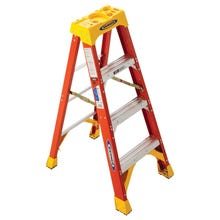 Image 1 of WERNER 6204 Step Ladder, 300 lb Weight Capacity, 3-Step, Fiberglass
