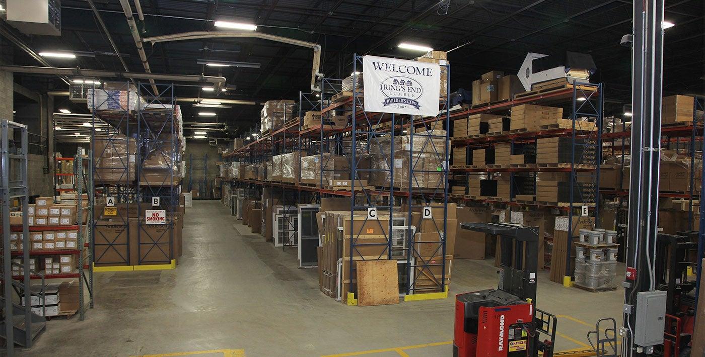 Stratford, CT: Distribution Center